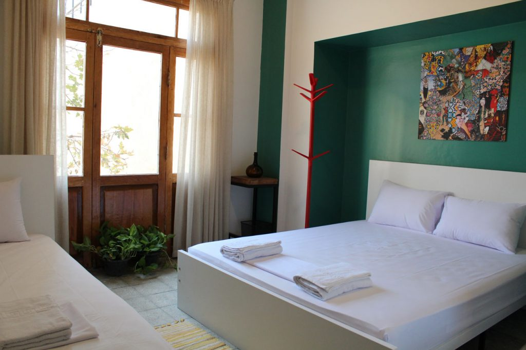 Room-no-1-in-Hi-tehran-hostel-II